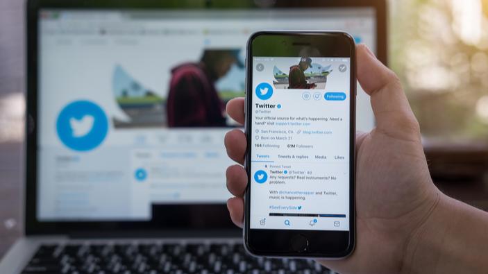 Twitter va commencer à signaler les tweets abusifs des dirigeants politiques