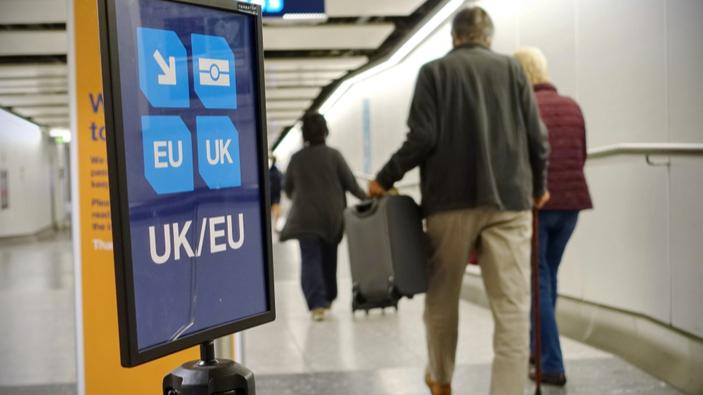 Großbritannien will Freizügigkeitsregeln im Falle eines No-Deal-Brexits sofort beenden