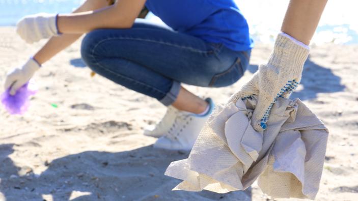 Sardegna, ragazzini ripuliscono il mare e si fanno portatori di un messaggio ambientalista