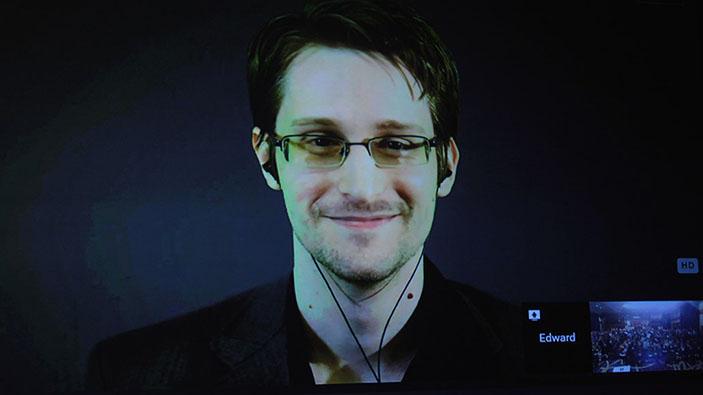 Edward Snowden publie ses mémoires