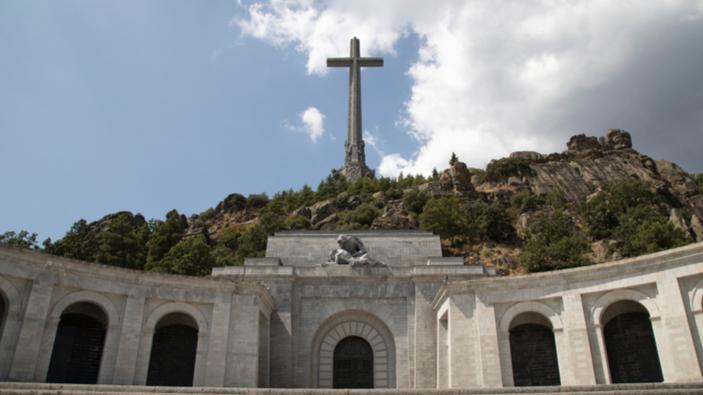Francos Leiche darf exhumiert werden