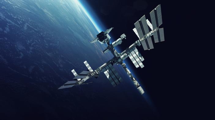 Astronauta mira rugby desde el espacio