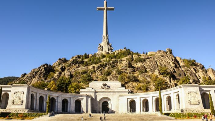La Spagna non ha più un monumento di Stato dedicato al dittatore Francisco Franco