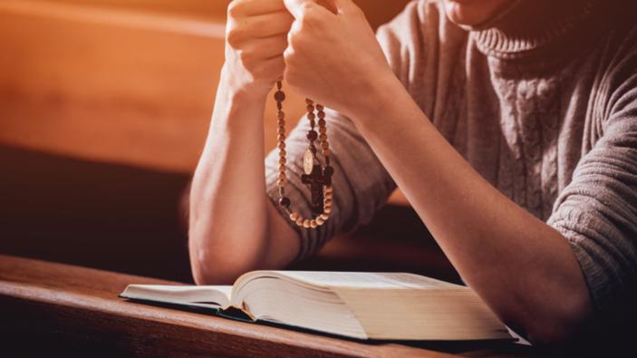 Vaticano lancia <i>Click To Pray eRosary</i> per pregare in maniera innovativa