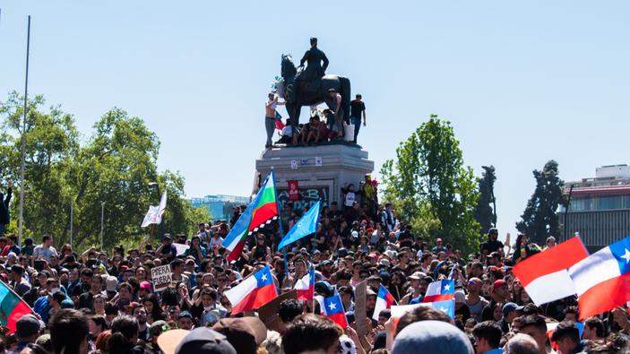 Piñera anuncia medidas para satisfacer a los manifestantes