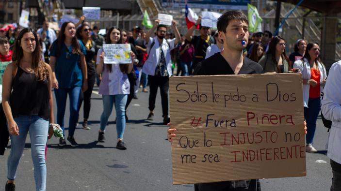 Chile cancela dos cumbres por las protestas