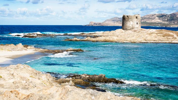 La Pelosa, prima spiaggia a numero chiuso della Sardegna