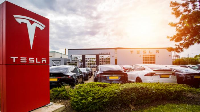 Tesla plant Fabrik für Elektroautos in Brandenburg