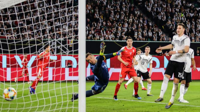 Die deutsche Fußball-Nationalmannschaft qualifiziert sich für die EM 2020, doch von Euphorie kann nicht die Rede sein