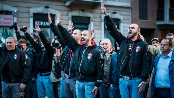 Estremismo politico e reti sociali, un legame inquietante