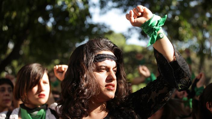 """""""Un violador en tu camino"""", il flash mob cileno anti stupro e anti violenza arriva in Italia"""