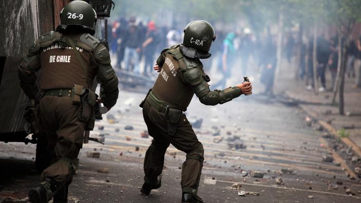 Los militares reaparecen en la política latinoamericana