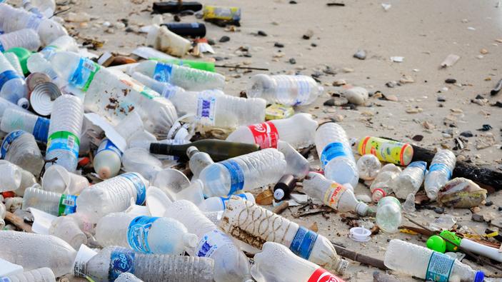 Mantenerse hidratado cuidando del planeta