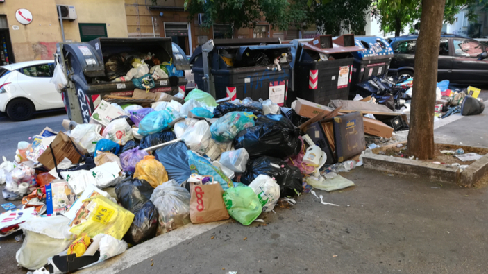 Caos rifiuti, il Comune di Roma pensa a una nuova discarica