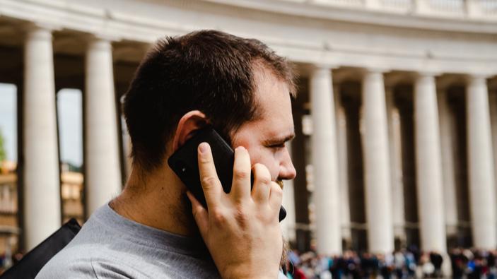La Corte di Appello di Torino stabilisce il nesso tra l'uso del cellulare e l'insorgenza dei tumori