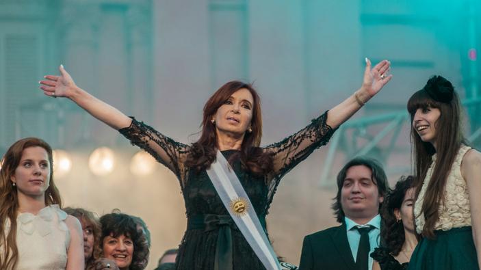 """Cristina Fernández exige que le digan """"presidenta"""""""