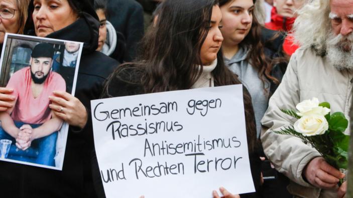 Studie: AfD antidemokratisch und rassistisch