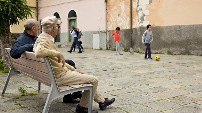 Palermo, polemiche sulla decisione di un giudice di chiudere l'oratorio per schiamazzi