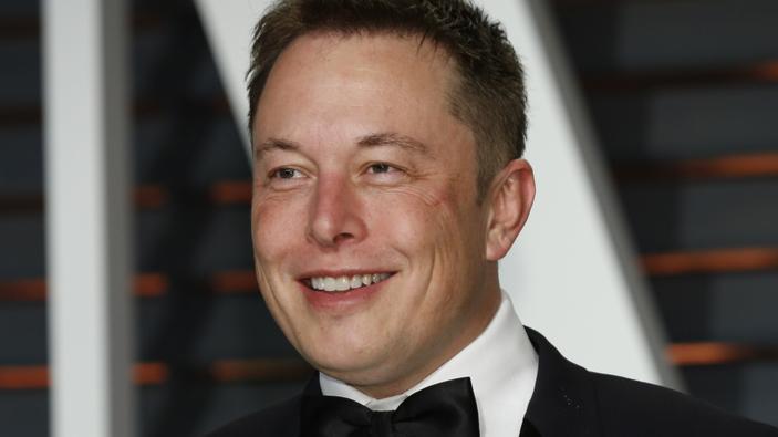 Elon Musk dice que no es necesario ir a la universidad