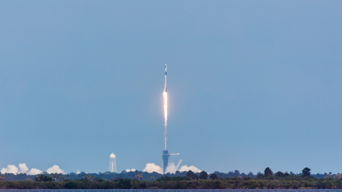 Historische Mission: SpaceX schickt Raumkapsel mit NASA-Astronauten ins All
