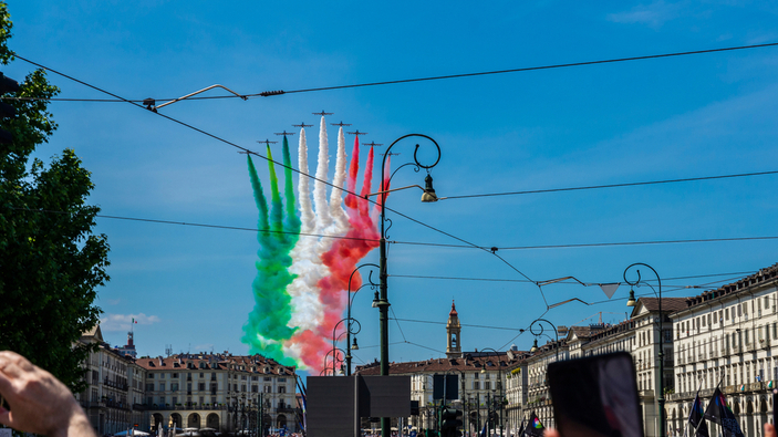 Folla a Torino per lo spettacolo delle Frecce Tricolori