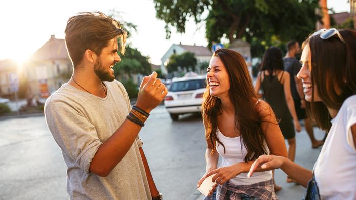 Les jeunes face au virus : l'été de l'insouciance