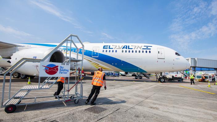 Israele e gli Emirati Arabi stringono legami più stretti