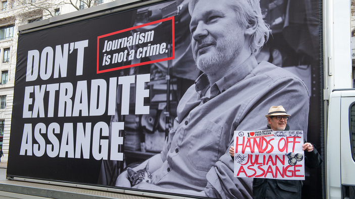 Corte británica decide el futuro de Julian Assange