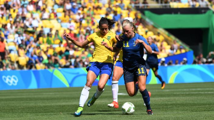 La igualdad salarial en el fútbol masculino y femenino