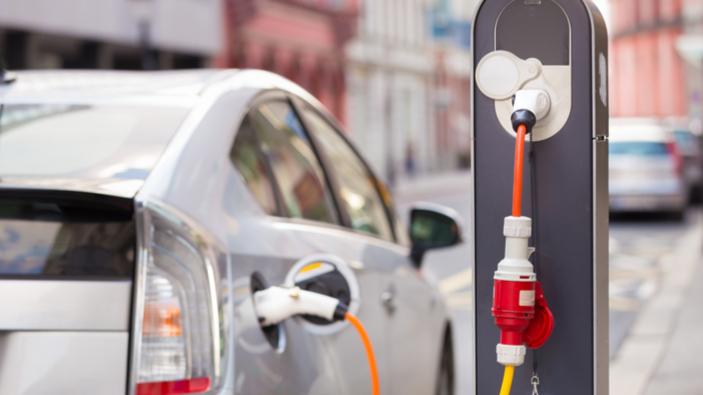 Die Schadstoff-Emissionen von Plug-In-Hybridfahrzeugen sind höher als erwartet