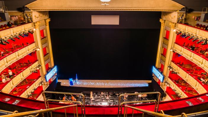 Motín en el Teatro Real de Madrid