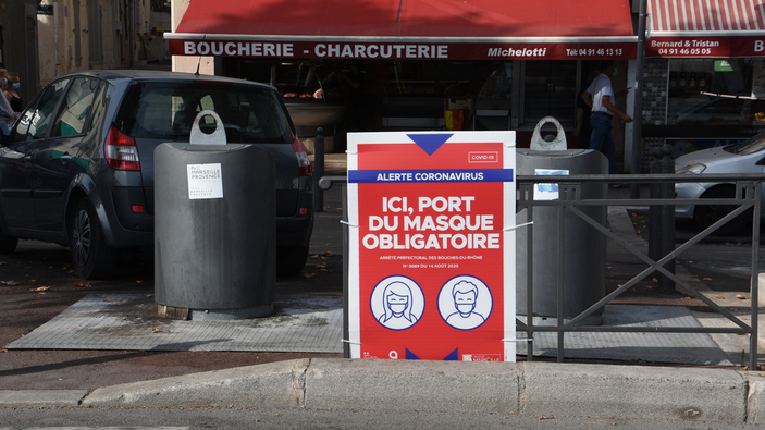 Marseille se révolte contre les mesures sanitaires