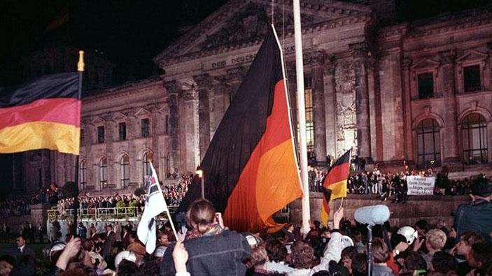 30 Jahre deutsche Einheit - ein Erfolg?