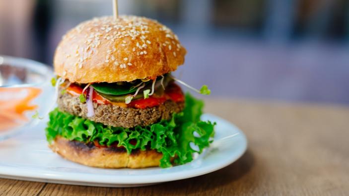 Qu'y a-t-il dans un nom ? Un burger végétarien est-il par définition un burger ?