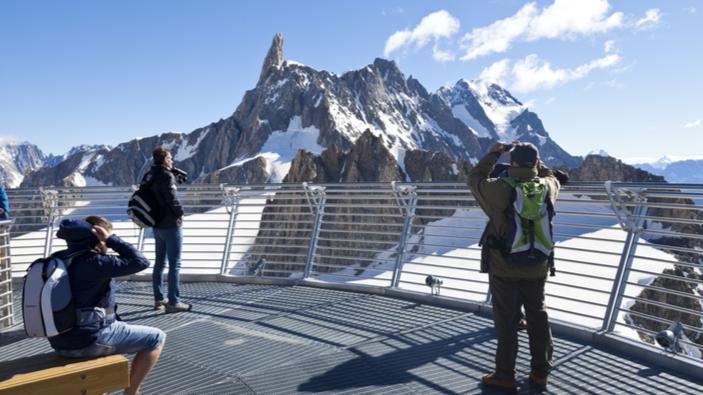 Riesplode la storica diatriba tra Francia e Italia sul confine del Monte Bianco