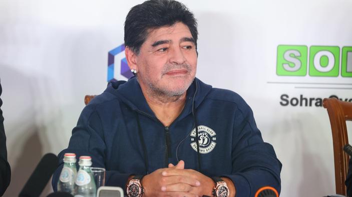 Muere a los 60 años la leyenda del fútbol Diego Maradona