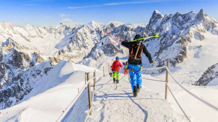Les stations de ski attendent encore un cadeau de Noël