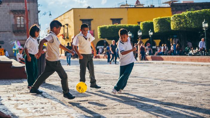 Congreso de México prohíbe el castigo corporal para disciplinar niños