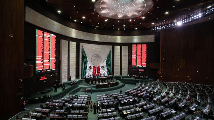 México regulará las actividades de los agentes extranjeros