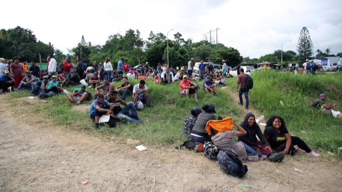 El Salvador completa acuerdo migratorio con Estados Unidos