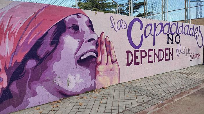 Polémica por un mural feminista en Madrid