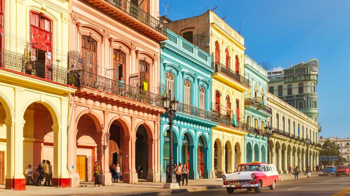 Coronavirus, Cuba vuole offrire i suoi vaccini anche ai turisti