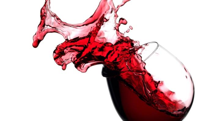 Des chercheurs analysent des bouteilles de vin et des sarments de vigne revenus de l'espace