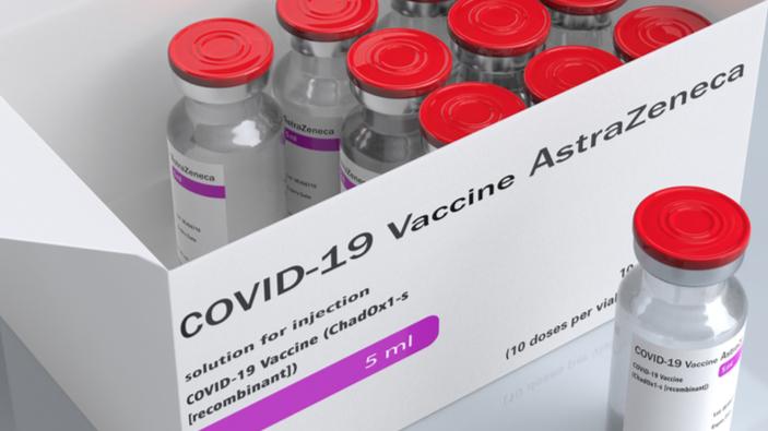 La interrupción temporal de las vacunaciones de AstraZeneca amenaza Europa durante la tercera ola