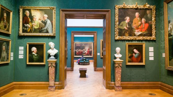Chanel aux commandes de la National Portrait Gallery