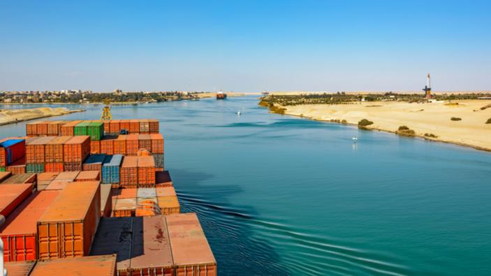 Suezkanal nach einwöchiger Blockade durch Containerschiff wieder passierbar