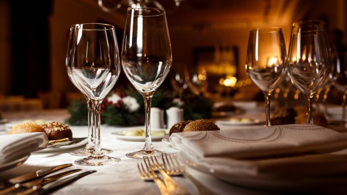 Dans une France confinée, polémique autour des restaurants clandestins