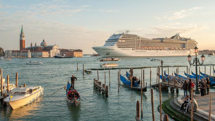 Il governo dice sì alle grandi navi fuori dalla laguna di Venezia
