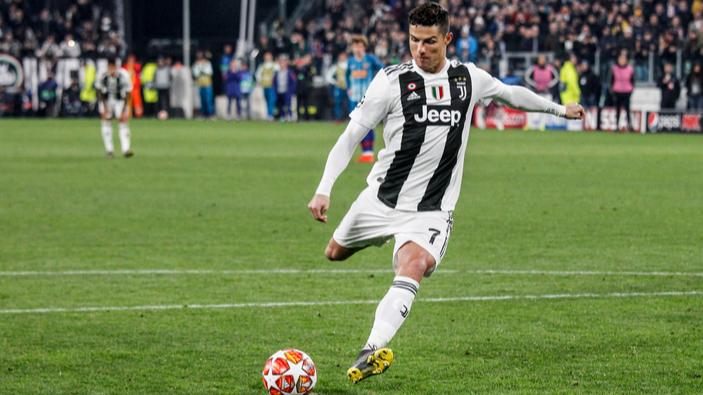 La Superliga europea, una puñalada al corazón del fútbol