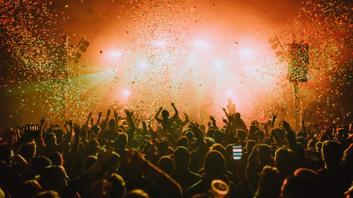 Barcelona, un concierto abre la puerta a la esperanza